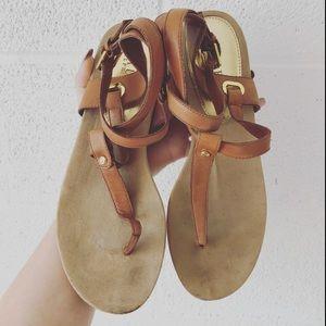 Ralph Lauren strappy thong sandals sz: 8